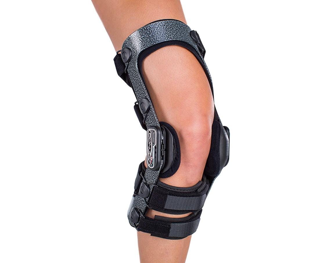 Donjoy Armor Knee Brace Ski Version