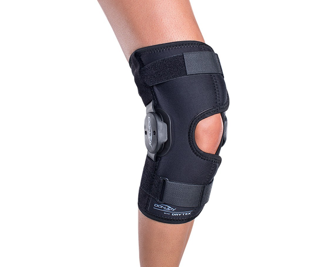 2a426d46b5 DonJoy Deluxe Hinged Knee Brace Drytex. Previous