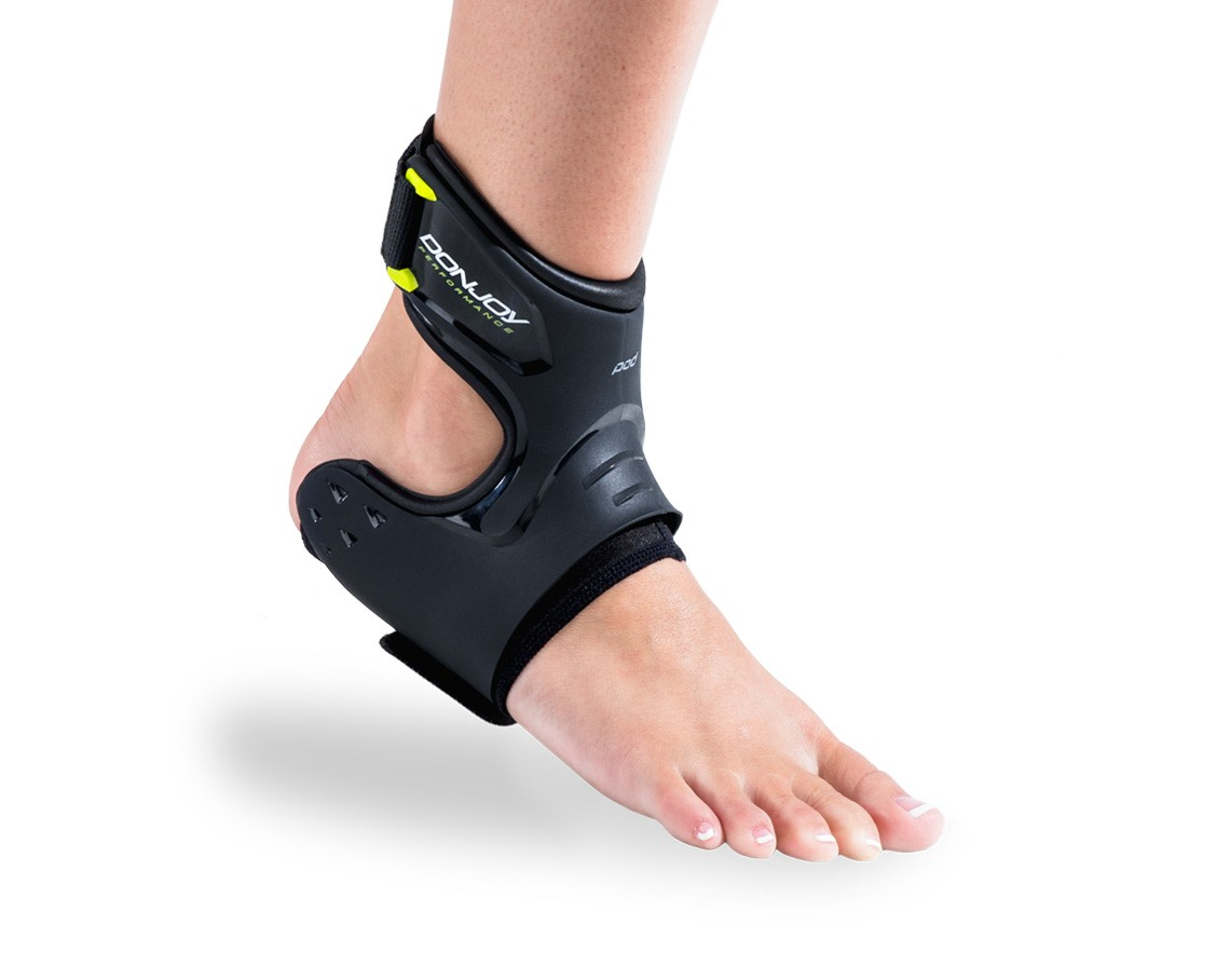 donjoy performance pod ankle brace Black front - On Body