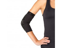 Defender Elbow Pad On Body Black - Front