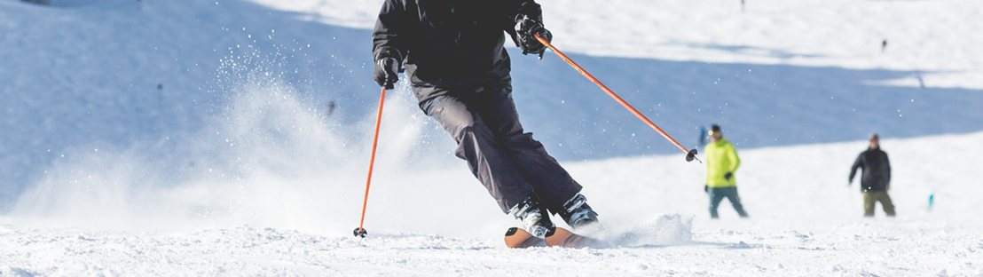 best knee brace for skiing